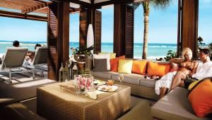 Get a $300 Airfare Credit at the Cove Atlantis Resort Bahamas – coupon code